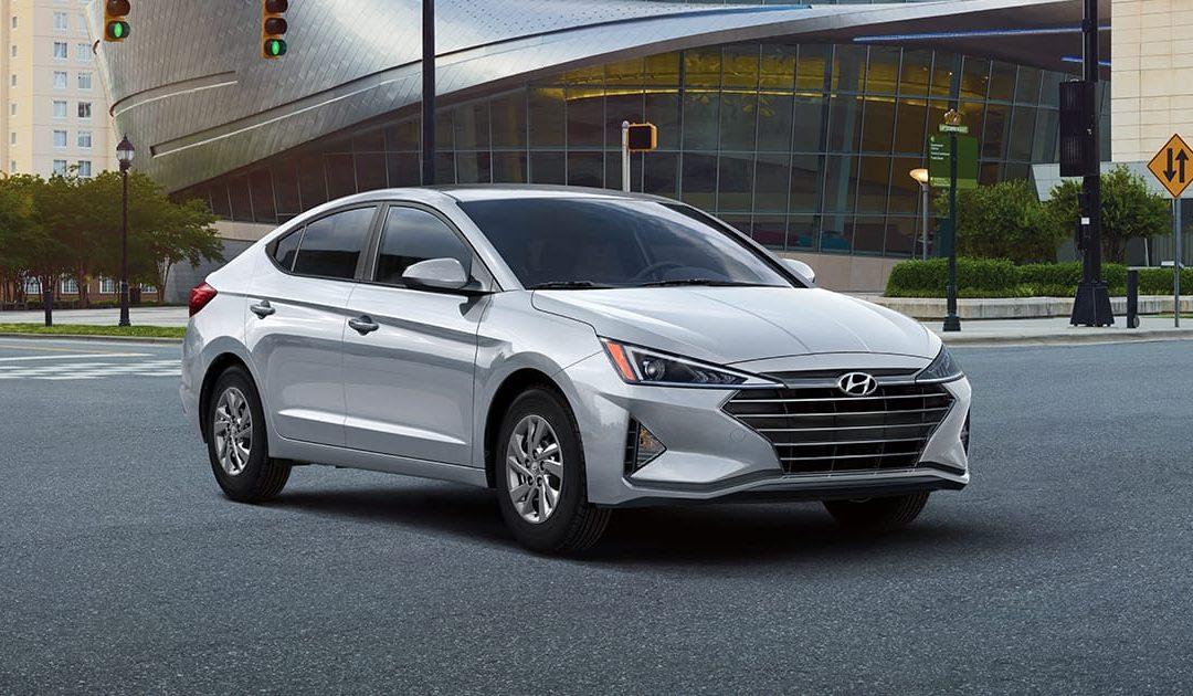 Hyundai Elantra 2020. Eficiente rendimiento automotriz