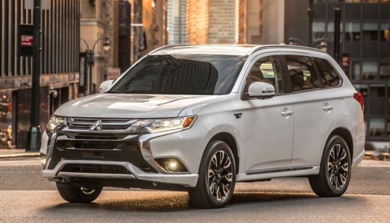 Mitsubishi, Outlander, Año 2021, Blanca, Blanco, SUV, en la ciudad